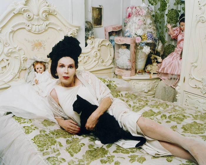 Lucia, V Magazine